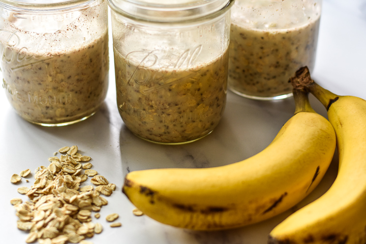 banana overnight oats with bananas