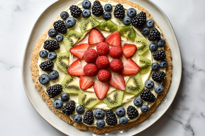 healthy fruit pizza