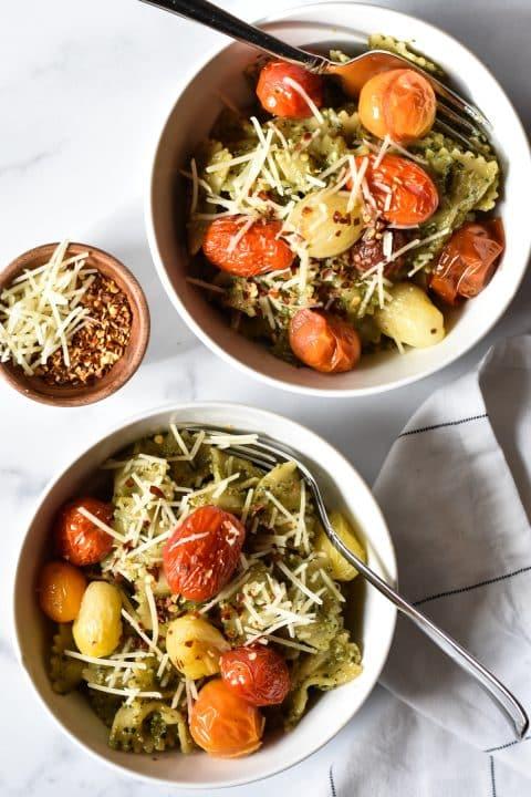 Pesto Pasta with Tomatoes